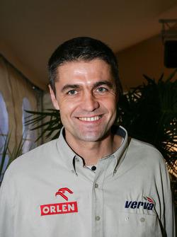 Team Nissan Dessoude presentation: Krzysztof Holowczyc
