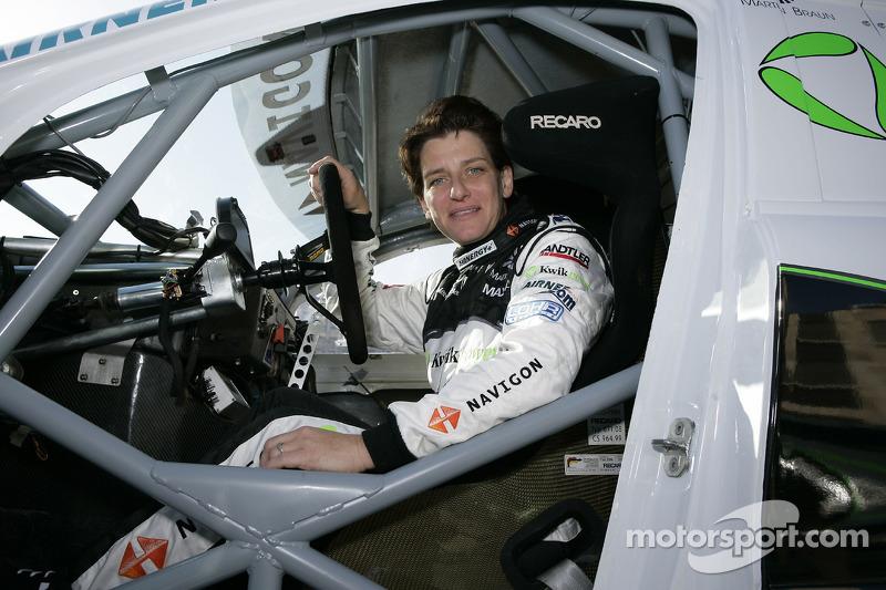 Equipe Kwikpower Mercedes-Benz : Ellen Lohr