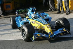 Giancarlo Fisichella in the 2006 Renault R26