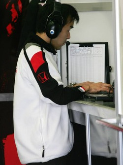 Honda race engineer Katoh