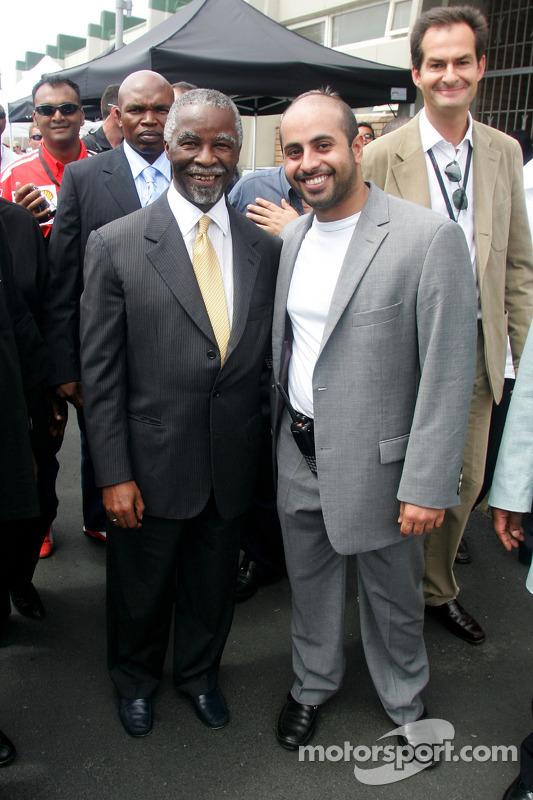 Le président sud-africain Thabo Mbeki et le Sheikh Maktoum Hasher Maktoum Al Maktoum