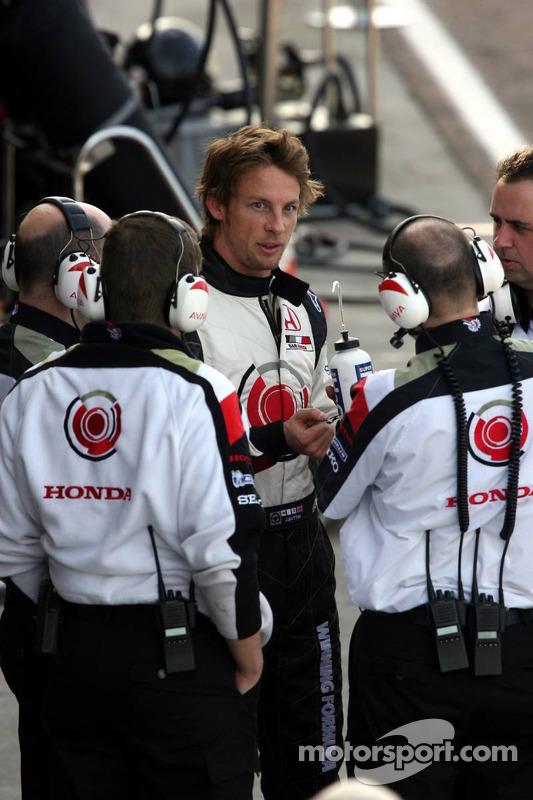 Jenson Button de retour au stand