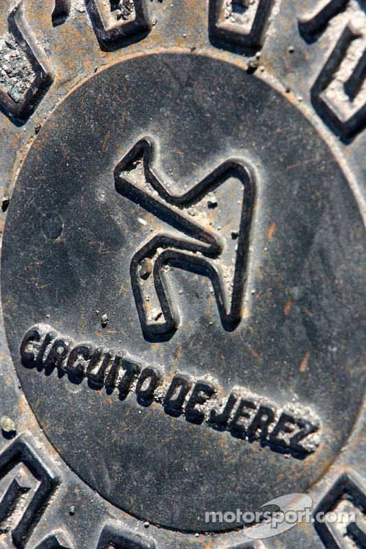 Une couverture de drain à Jerez