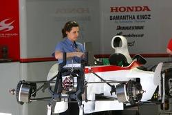 FIA inspects the Super Aguri F1
