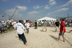 Beach volley match: ALMS drivers about to lose this one