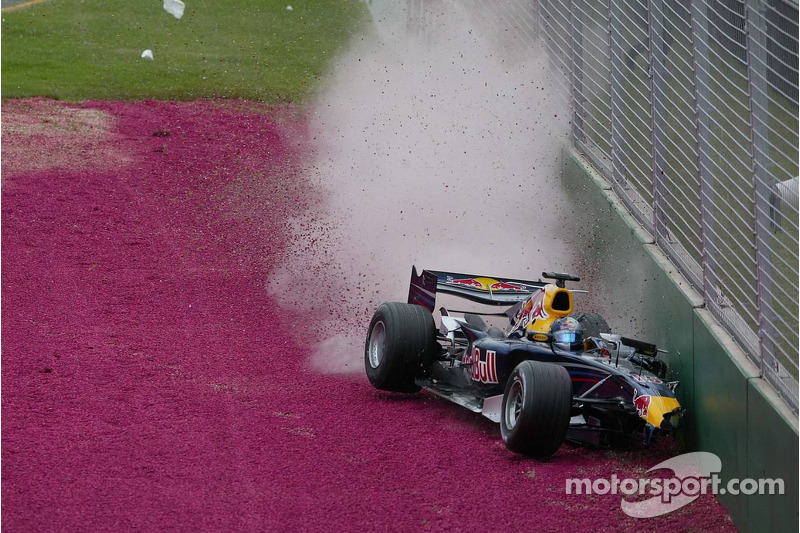 Christian Klien crashes