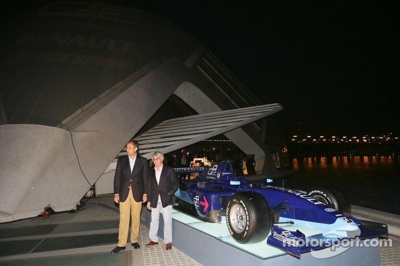 Bernie Ecclestone avec le président de Valence