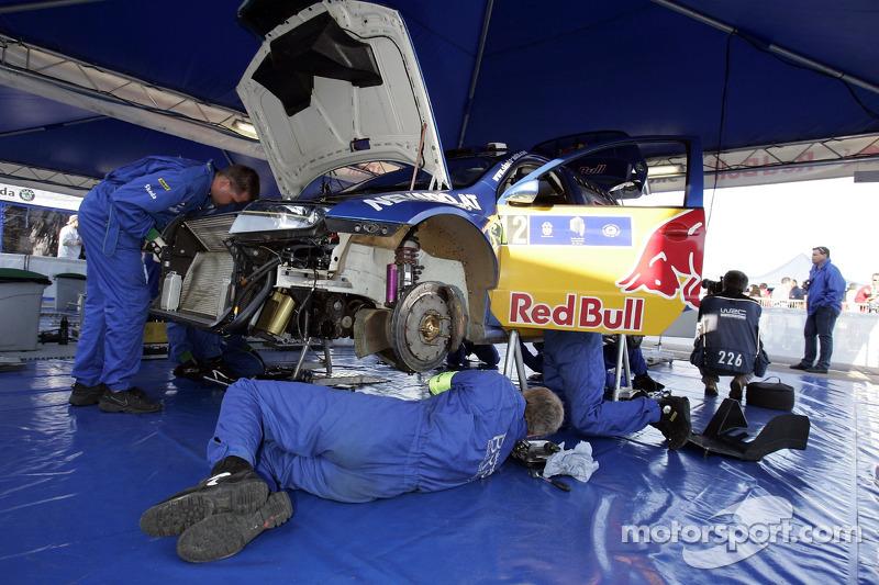 Le garage de Red Bull Skoda Rallye