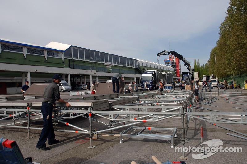 Réglage de Red Bull et garage: samedi