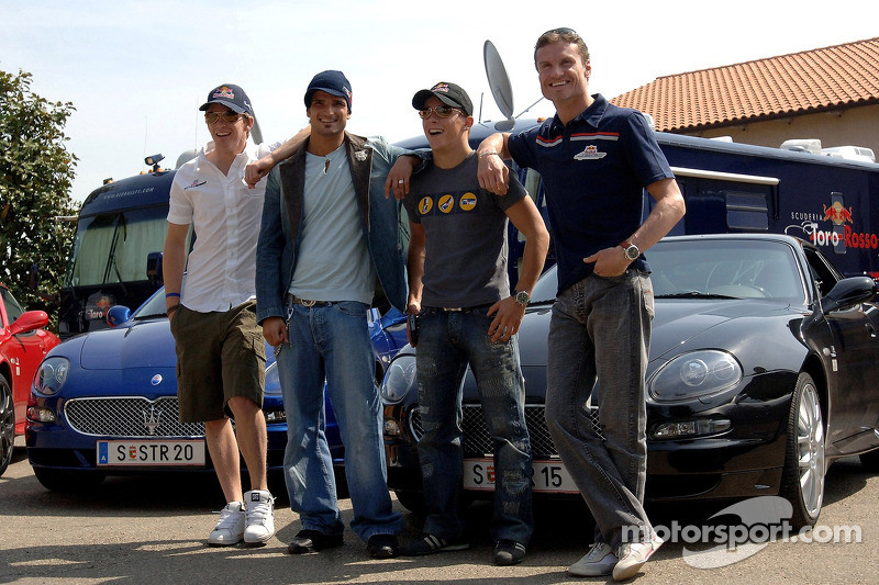 Scott Speed, Vitantonio Liuzzi, Christian Klien et David Coulthard avec la nouvelle Maserati GranSport