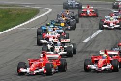 Start: Michael Schumacher and Felipe Massa