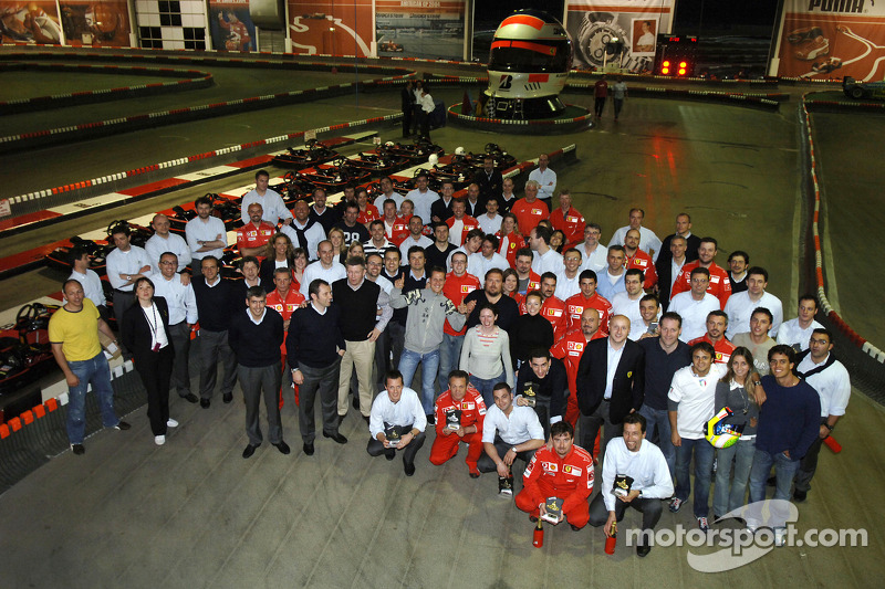 L'équipe Ferrari au circuit de kartin Kerpen