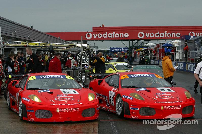#63 Scuderia Ecosse Ferrari 430 GT2: Chris Niarchos, Tim Mullen, #62 Scuderia Ecosse Ferrari 430 GT2: Nathan Kinch, Andrew Kirkaldy