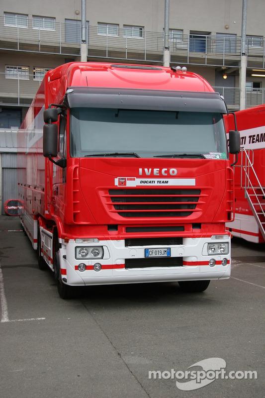 Le camion du Team Ducati Corse