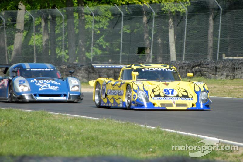 #97 Cyberspeed Racing Pontiac Riley: Skip Cummins, #5 Essex Racing Ford Crawford: Rob Finlay, Michae