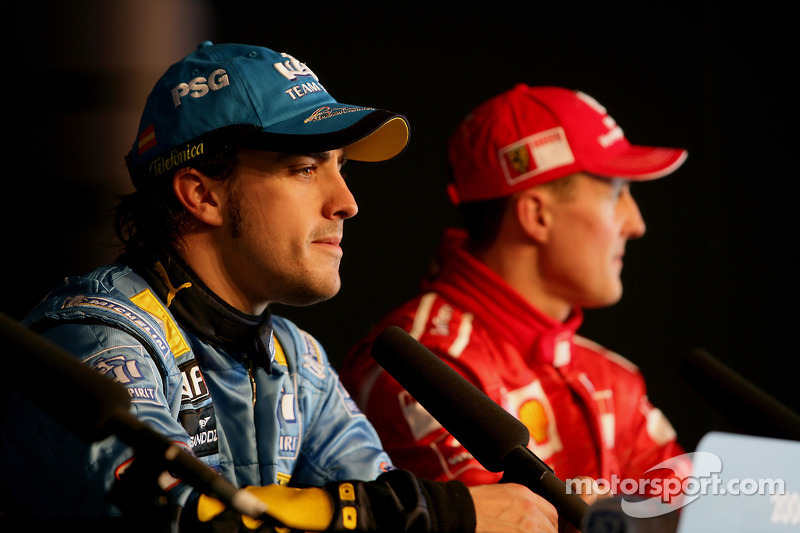 Conférence de presse : le vainqueur de la pole position Fernando Alonso et en troisième place Michae