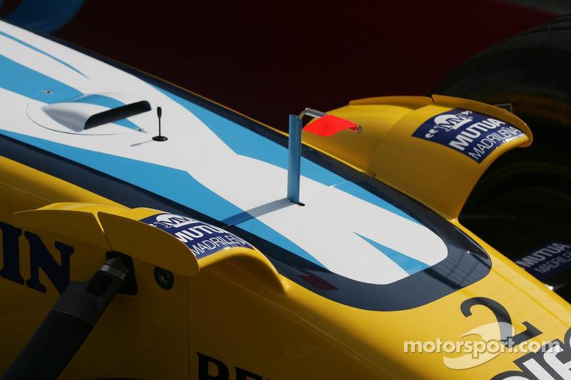 Petits ailerons sur la Renault F1 R26