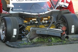 #01 CompUSA Chip Ganassi avec la voiture Lexus Riley de Felix Sabates Lexus Riley après la course