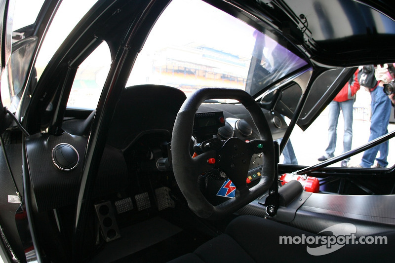A l'intérieur de la Jloc Isao Noritake Lamborghini Murcielago