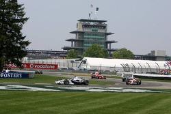 Jacques Villeneuve leads Ralf Schumacher