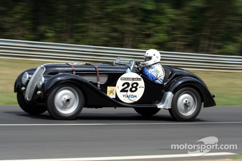 #28 BMW 328 1938