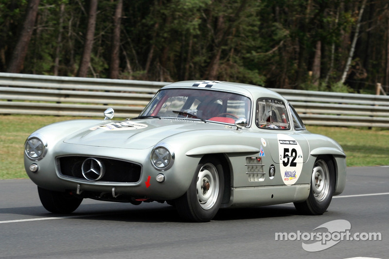 #52 Mercedes Benz 300 SL 1955