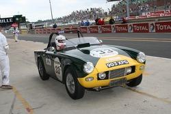 #33 Triumph TR4 1962