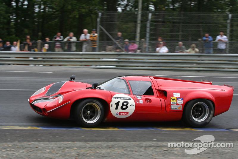 #18 Lola T 70 1967