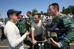 Pit crew challenge: Tomas Enge, Darren Turner and Stéphane Sarrazin