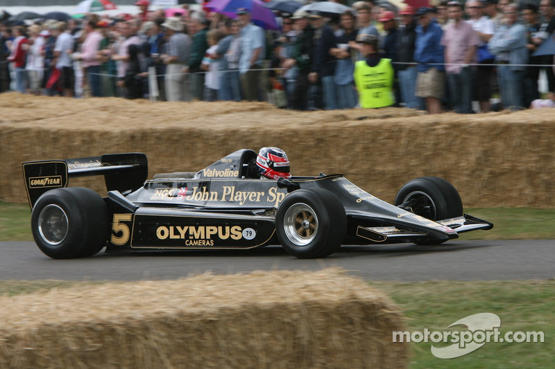 Lotus Cosworth 79: Leo Mansell
