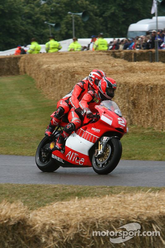 Ducati Desmosedici 'Pillion': Randy Mamola