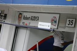 Pit garage logo de Robert Kubica