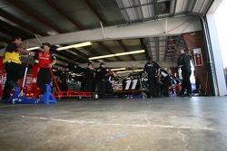 De l'activité dans les garages