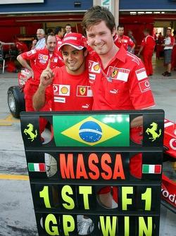 Race winner Felipe Massa celebrates with Rob Smedly
