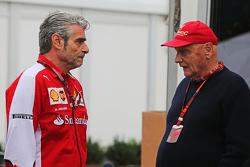 Maurizio Arrivabene, Ferrari Team Principal with Niki Lauda, Mercedes Non-Executive Chairman