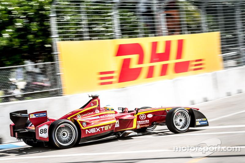 Charles Pic, China Racing