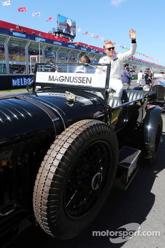 Kevin Magnussen, McLaren on the drivers parade