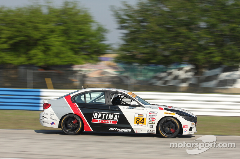 #84 BimmerWorld Racing,宝马328i: James Clay, Jason Briedis