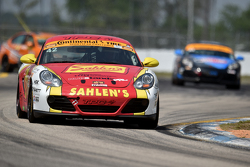 #42 Team Sahlen,保时捷卡曼: Will Nonnamaker, Jeff Segal