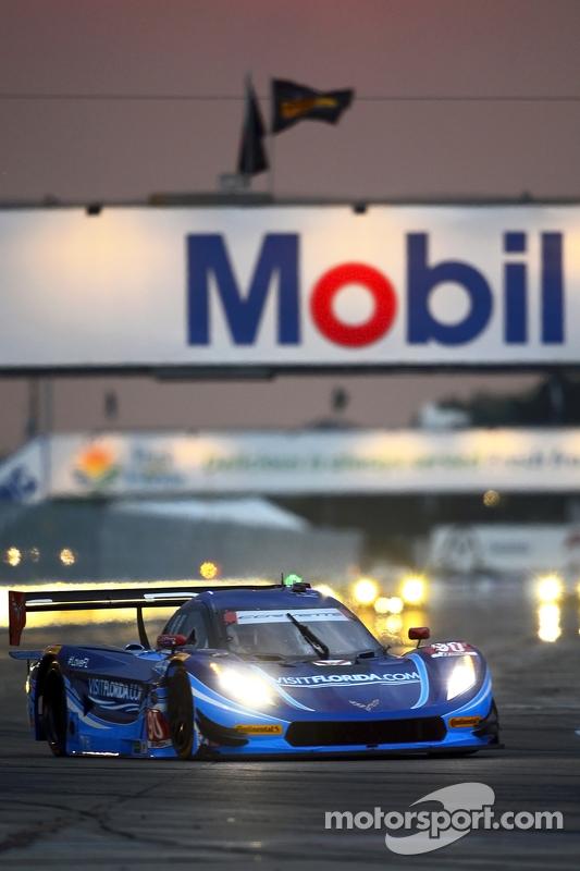 #90 VisitFlorida.com Racing, Corvette DP: Richard Westbrook, Michael Valiante, Mike Rockenfeller