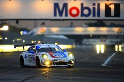 #58 Wright Motorsports Porsche 911 GT America: Madison Snow, Jan Heylen, Emilio Valverde