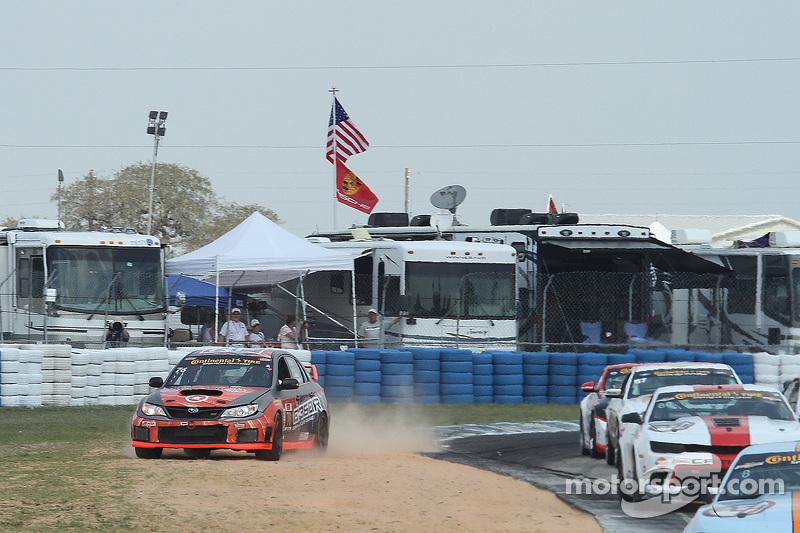 #76 Compass360 Racing Subaru WRX STI: Ray Mason, Pierre Kleinubing dalam masalah