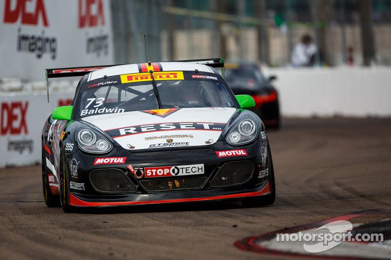 #73 GTSport Racing,保时捷卡曼S: Jack Baldwin