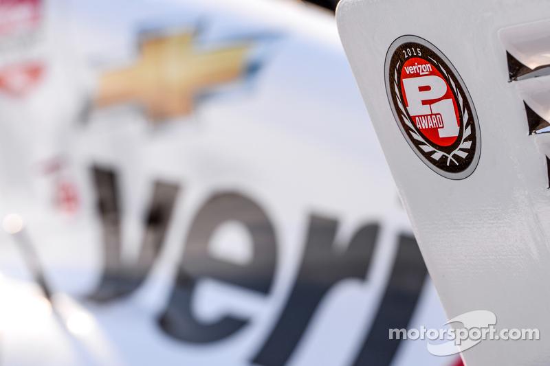 Polesitter Will Power, Team Penske Chevrolet celebra