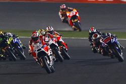 Andrea Dovizioso, Ducati Team y Jorge Lorenzo, Yamaha Factory Racing, y Andrea Iannone, Ducati Team, y Bradley Smith, Monster Yamaha Tech 3 y Dani Pedrosa y Marc Marquez, Repsol Honda Team