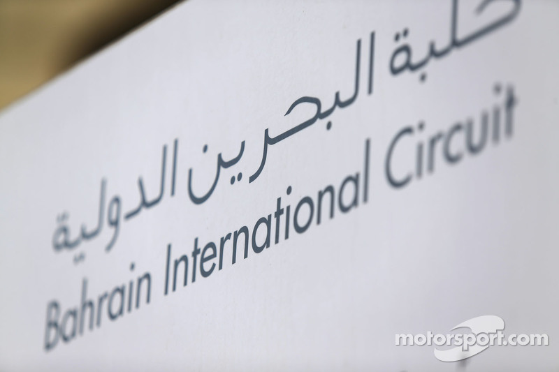 Schild vom Bahrain International Circuit