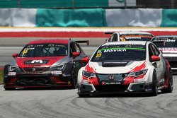 René Münnich, Honda Civic TCR, West Coast Racing, und Ferenc Ficza, SEAT Leon Racer, Zengo Motorsport