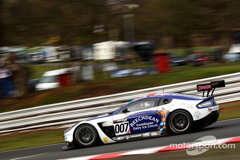 #007 Beechdean AMR, Aston Martin: Andrew Howard, Jonny Adam
