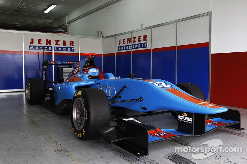 Auto de Ralph Boschung Jenzer Motorsportin el garaje