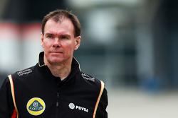 Алан Пермейн руководитель Lotus F1 Team по работе на трассе